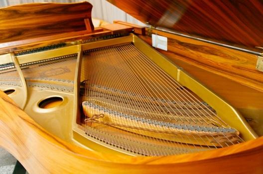 ピアノ調律のピッチ440Hzと442Hz|決め方には理由がある?