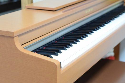電子ピアノのペダルを上手に使うには