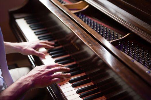ピアノ上達のためには調律も必要です