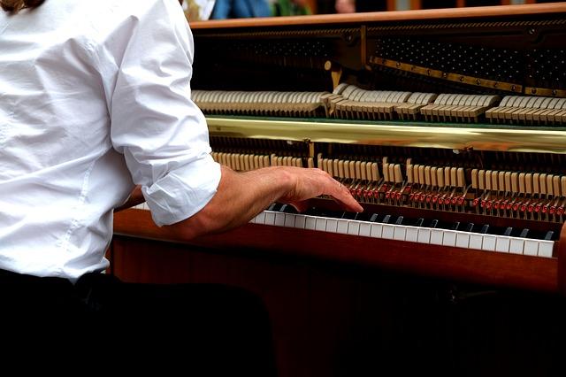 ピアノ調律の必要性と定期的に行う理由