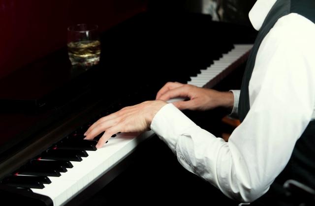 なぜピアノで手が痛くなる?その原因と今日からできるケアをご紹介!