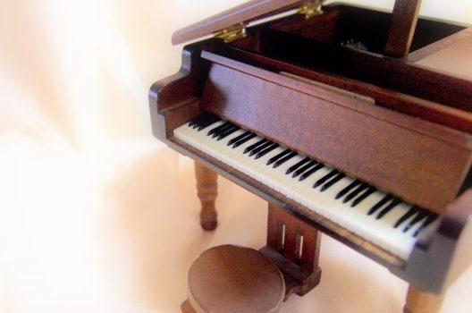ピアノの内部が汚れていると故障の原因に!