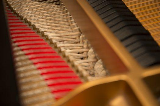 ピアノから音が鳴る仕組み