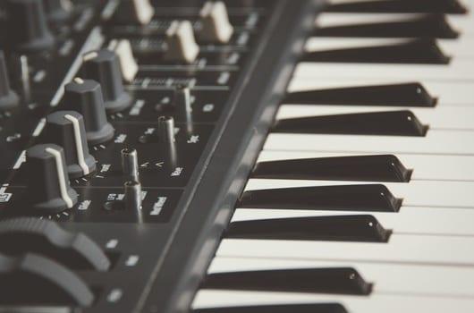 グランドピアノ・電子ピアノのメリット・デメリット